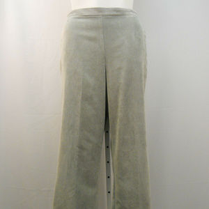 Women's Corduroy Pants Proportioned Medium Size 20